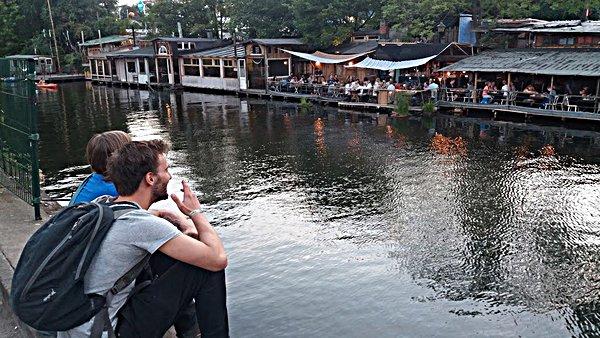 Restaurants près de l'Arena à Berlin néo-rétro et bio