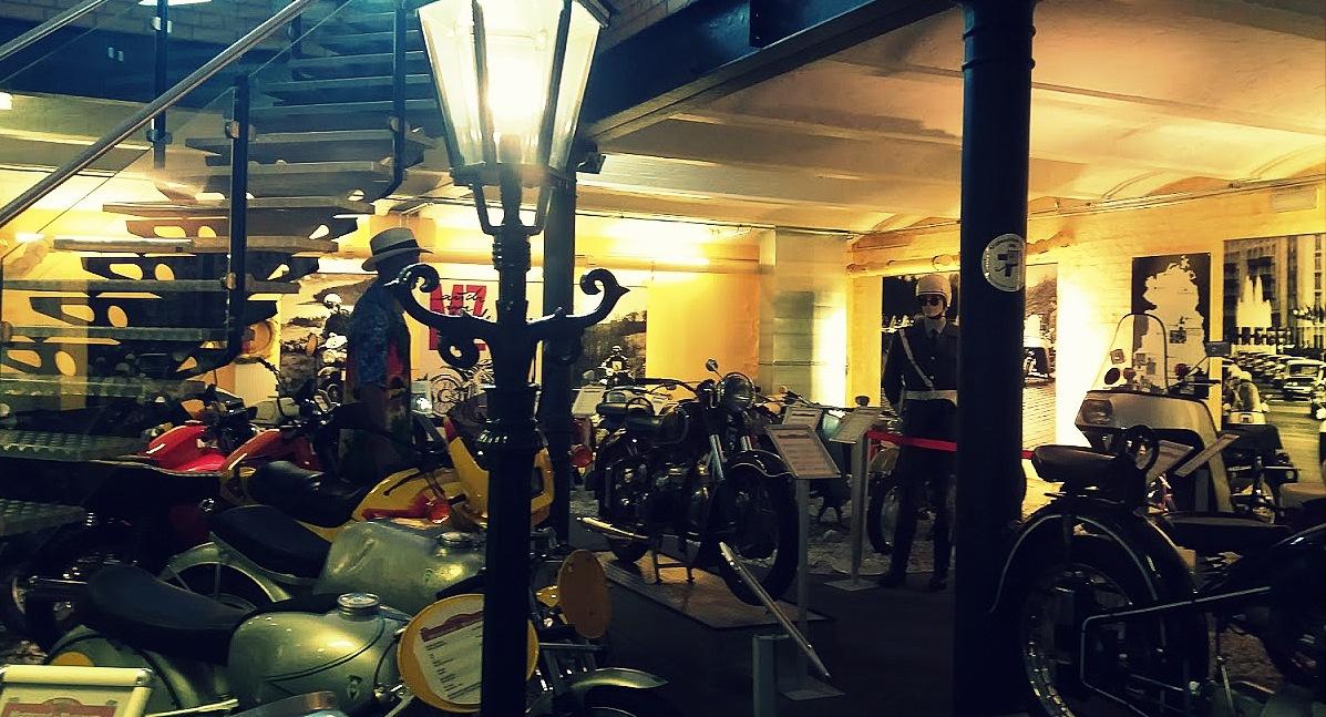 Au sous-sol du musée de motos à Berlin