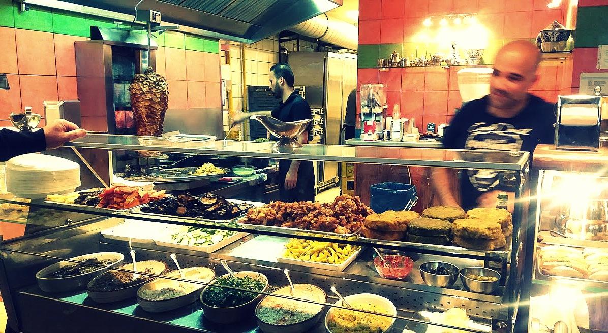 Habibi restaurant turc Berlin néo-rétro et bio