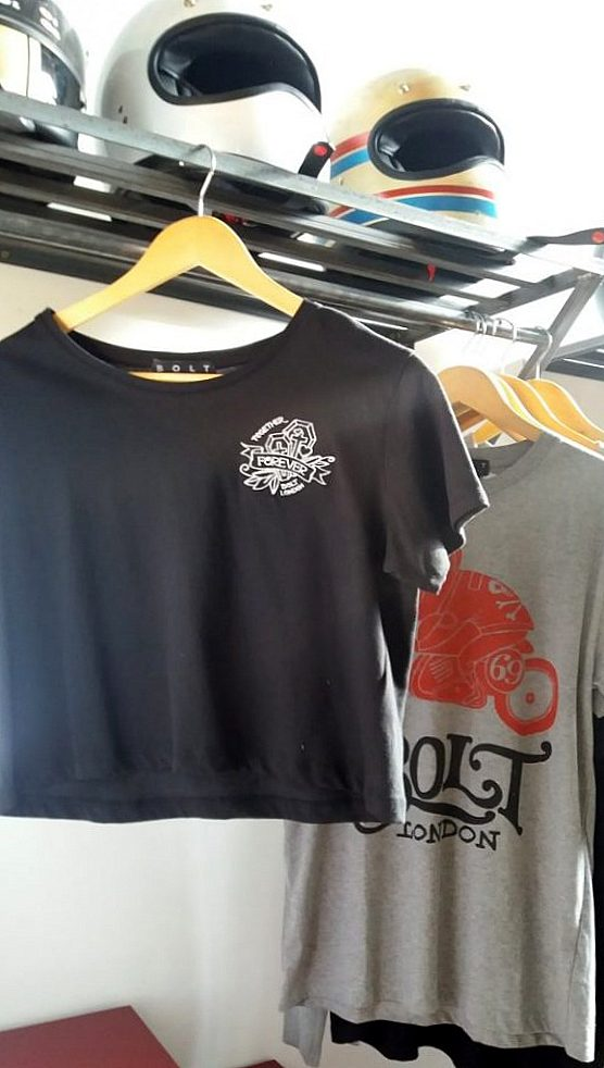 T-shirts Bolt