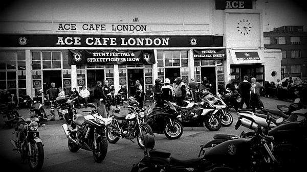 Vue extérieur Ace café