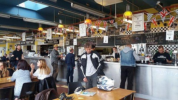 ACE CAFE, DU BIO POUR ROCKERS