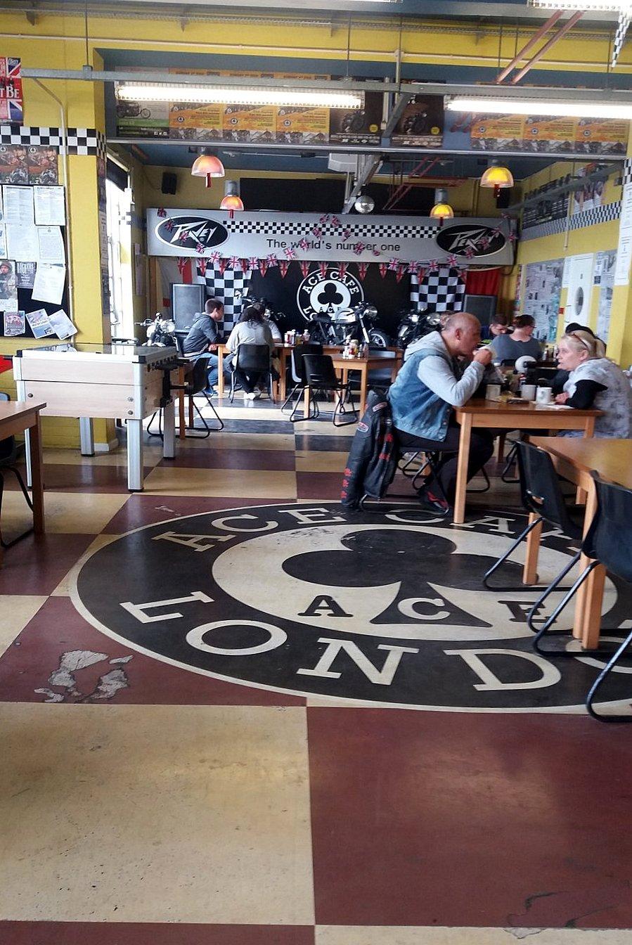 Vue d'ensemble Intérieur Ace Café