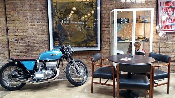 Petit coin tranquille au Bike Shed LONDRES NEO RETRO et BIO
