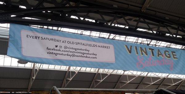 Vintage au Old Spitalfields Market LONDRES NEO RETRO et BIO