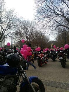Rassemblement de Toutes en motos à Marseille