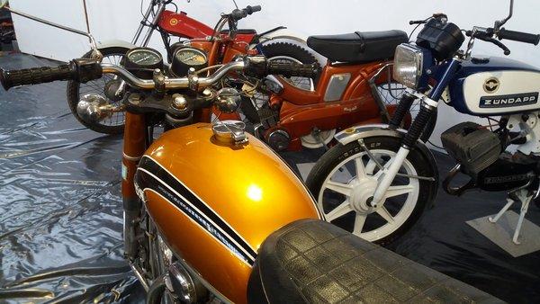 MONDOTO : MOTOS 70'S, QUELLES SEDUCTRICES !